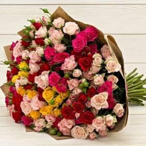 Букет 31 ветка кустовой розы микс R76