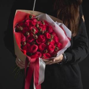 Красные розы R008