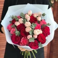 Красные розы R028